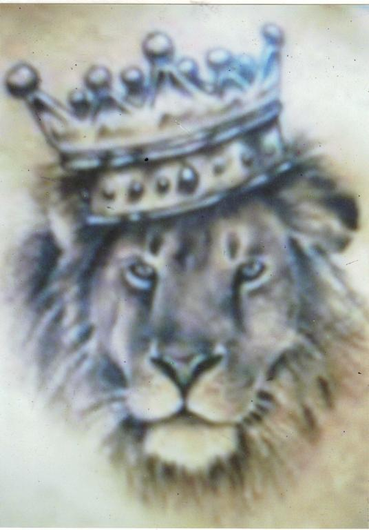 Liong the King with Crown Tattoo Nice Details