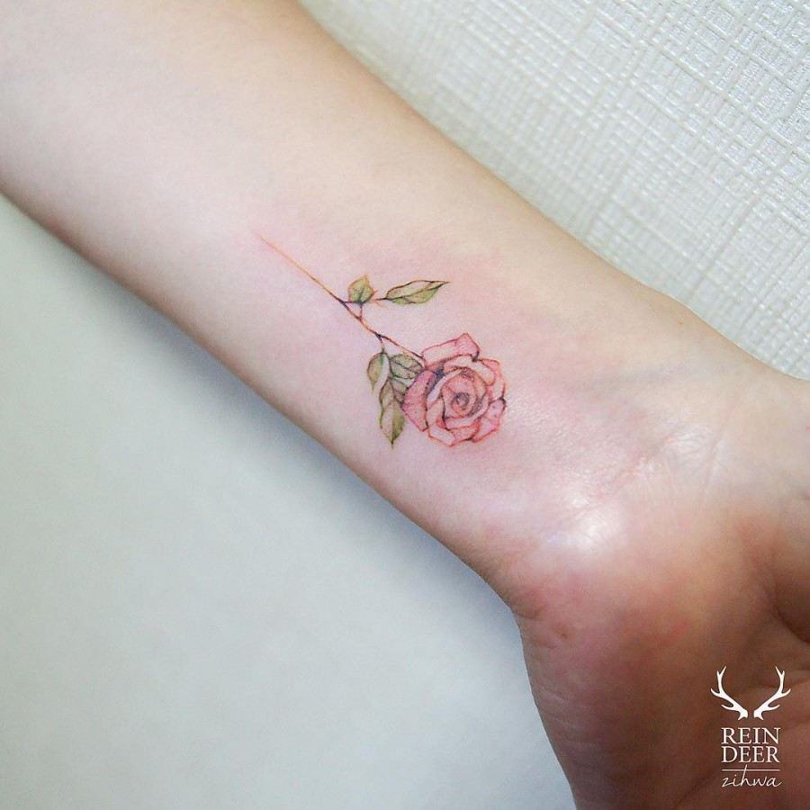 perfect-red-rose-tattoo