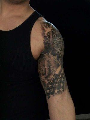 Luxurious Quarter Sleeve Tattoo