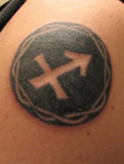 Cool Sagittarius Symbol with Circle Tattoo Design