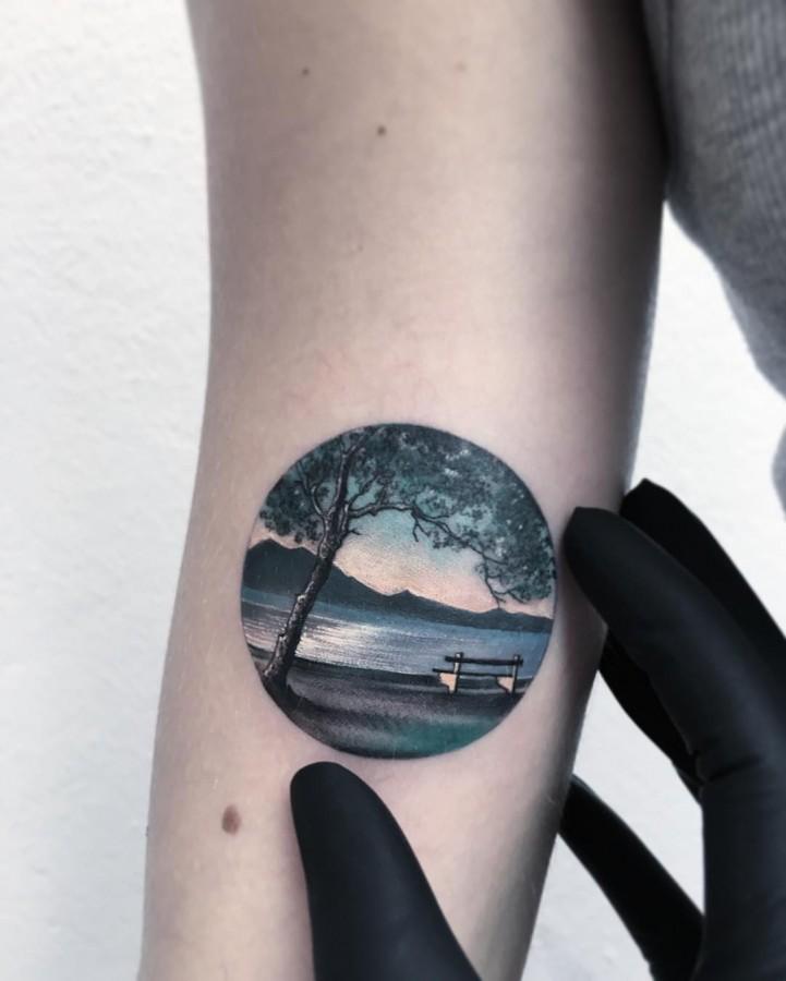 scenery-detail-circle-tattoo