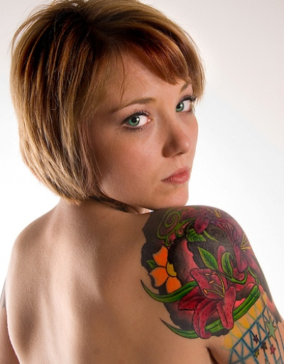 Beautiful Shoulder Flower Tattoos Fashion For Girls and Women