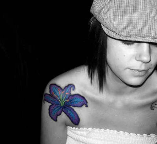 Beautiful Flower Tattoos On Shoulder – Tattoos for Women
