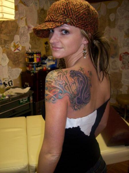 Elegant Arm Women Shoulder Tattoo Designs