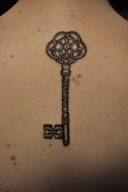 Simple Design of Skeleton Key Tattoo Design