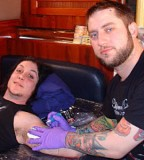 Synyster Gatess Making New Tattoo