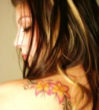 Beautiful Swirly Flower Shoulder Tattoo Ideas For Women