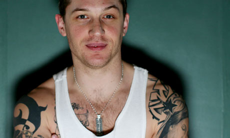 Tom Hardys Tribal Tattoo in the Left Arm