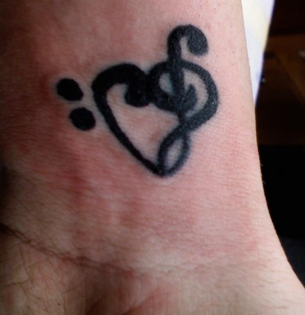 Mi Music Note Heart Tattoo Thing On Wrist