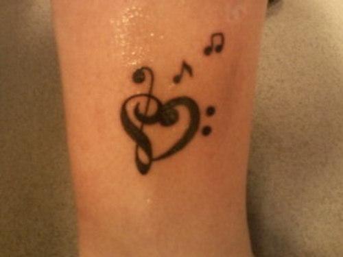 Music Note Heart Tattoo – Clef Tattoo Ideas