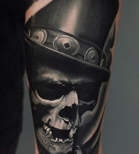 u_genetattoo-top-hat-skull-tattoo