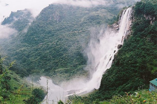Top 5 Beautiful Waterfalls In North East India