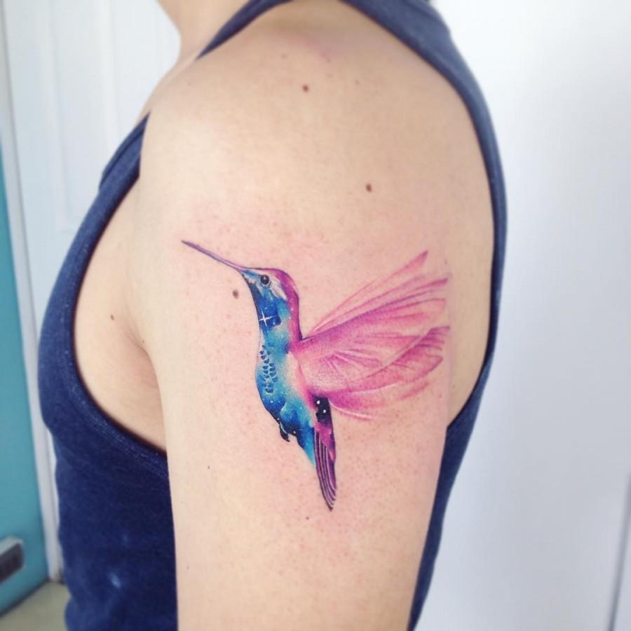 watercolor-hummingbird-tattoo