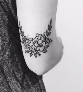 wildflower blakc and grey flower tattoo