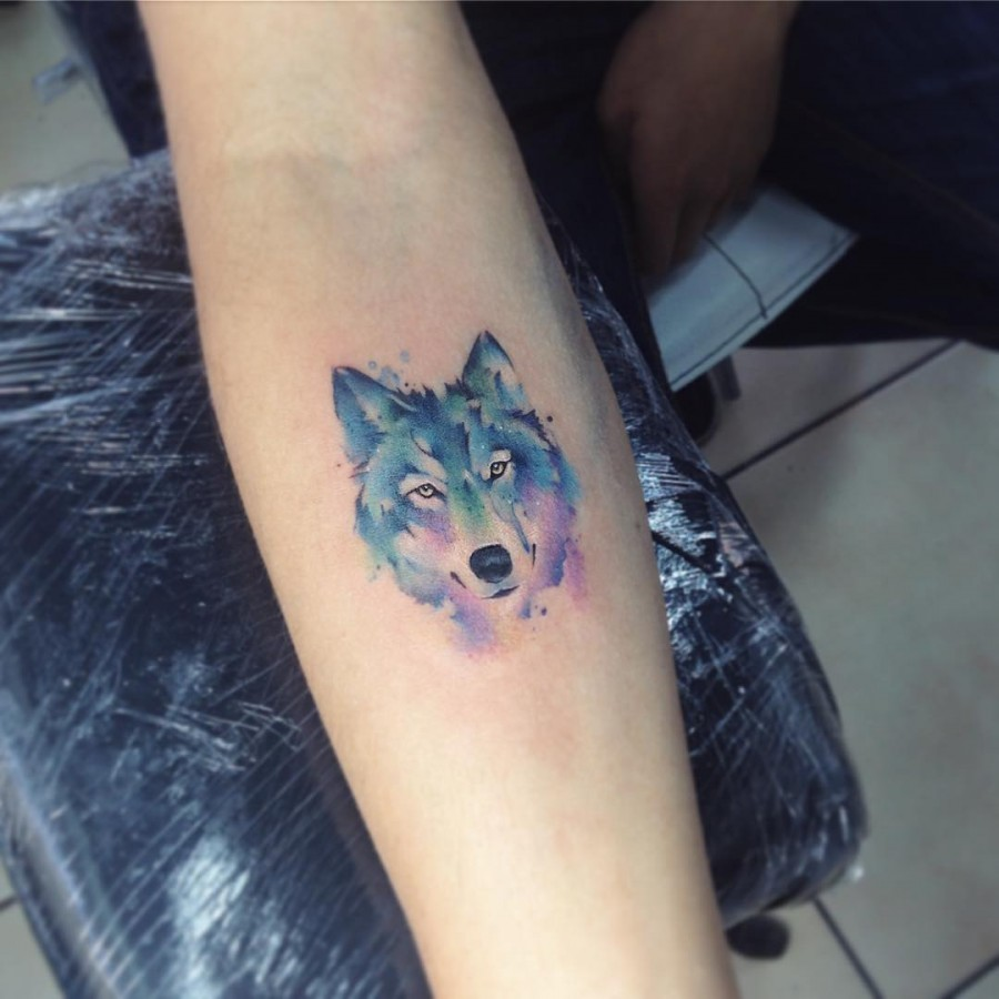 wolf-watercolor-tattoo